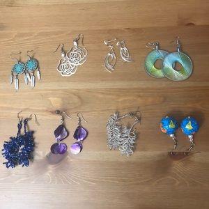 Set of 8 earrings!